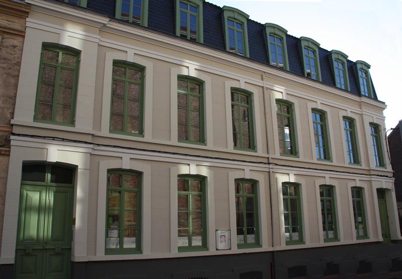 facade-800px